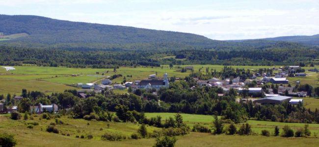Village de Ham-Nord en Été