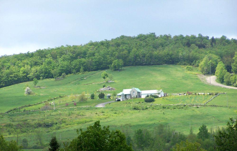 Maison isolée en montagne
